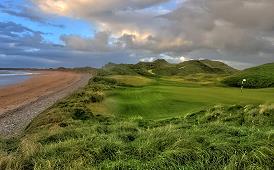 Der Golfplatz in den Dünen von Doughmore