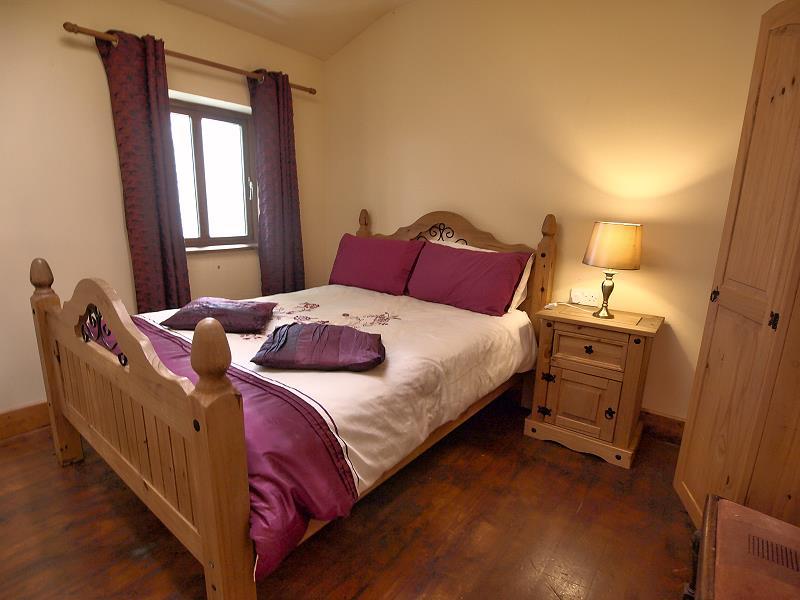 Schlafen im railway cottage doonbeg co clare for Billige einzelbetten